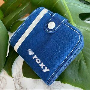 🎉5/20 SALE🎉 roxy blue/white cotton canvas wallet